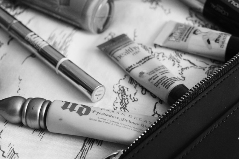 4 Makeup Must-Haves When You Travel